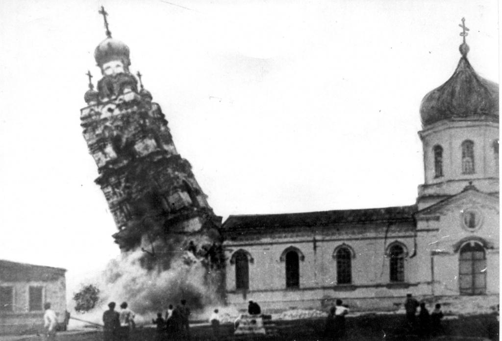 взрыв храма_.jpg